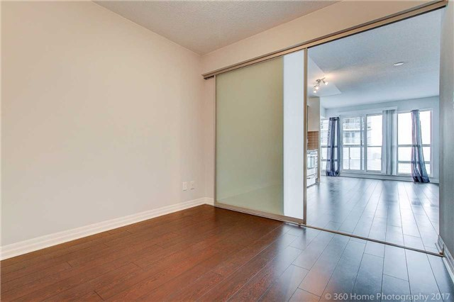 Condo Apartment at 2015 Sheppard Ave, Unit 2011, Toronto, Ontario. Image 19