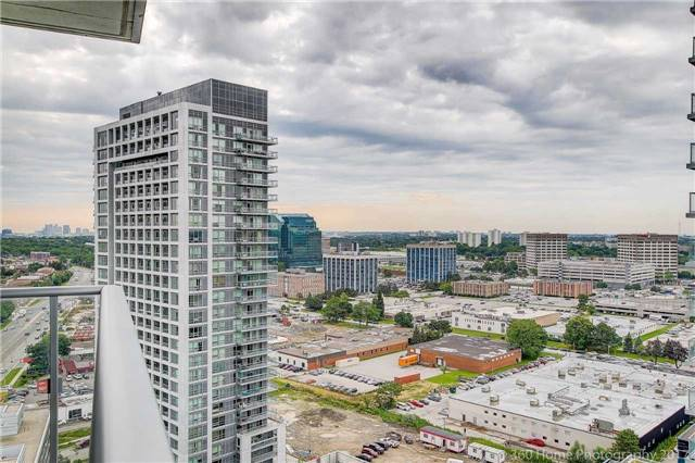 Condo Apartment at 2015 Sheppard Ave, Unit 2011, Toronto, Ontario. Image 8