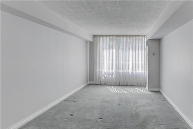 Condo Apartment at 215 The Donway West, Unit 410, Toronto, Ontario. Image 16