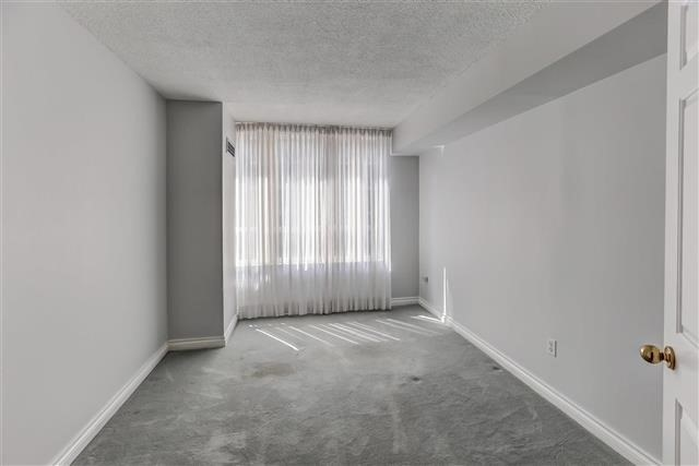 Condo Apartment at 215 The Donway West, Unit 410, Toronto, Ontario. Image 4