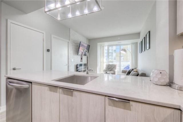 Condo Apartment at 200 Sackville St, Unit 501, Toronto, Ontario. Image 14