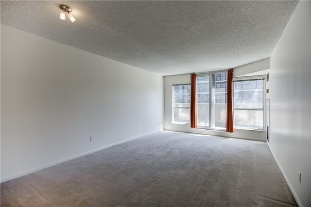 Condo Apartment at 7 Carlton St, Unit 304, Toronto, Ontario. Image 15