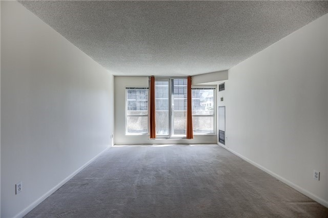 Condo Apartment at 7 Carlton St, Unit 304, Toronto, Ontario. Image 16