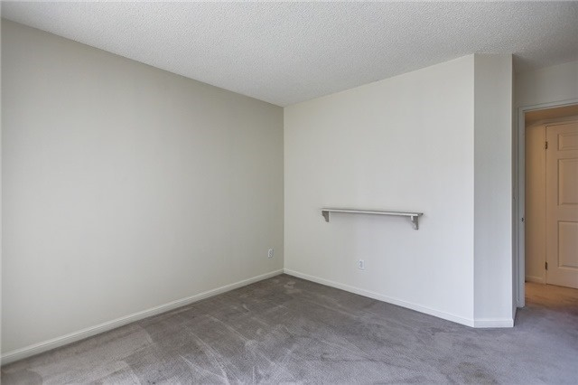 Condo Apartment at 7 Carlton St, Unit 304, Toronto, Ontario. Image 8
