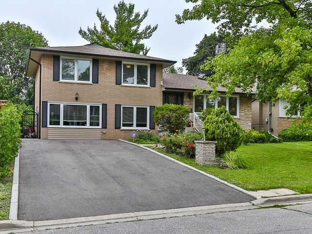 Detached at 36 Lissom Cres, Toronto, Ontario. Image 1