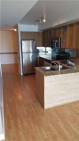 Condo Apartment at 761 Bay St, Unit 2104, Toronto, Ontario. Image 14
