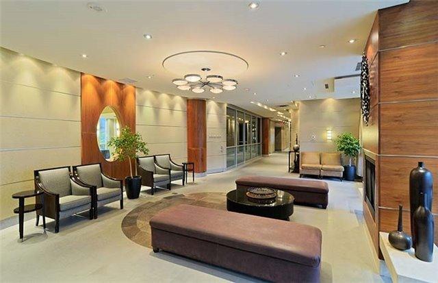 Condo Apartment at 761 Bay St, Unit 2104, Toronto, Ontario. Image 7