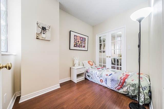 Condo Apartment at 55 Bloor St E, Unit 303, Toronto, Ontario. Image 18