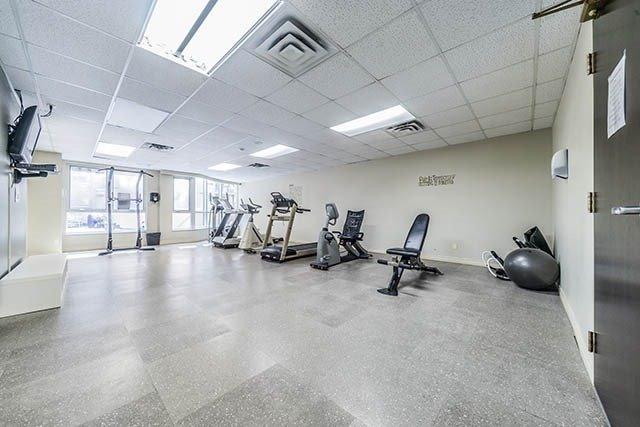 Condo Apartment at 55 Bloor St E, Unit 303, Toronto, Ontario. Image 11