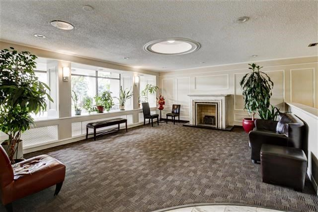 Condo Apartment at 130 Neptune Dr, Unit #305, Toronto, Ontario. Image 13