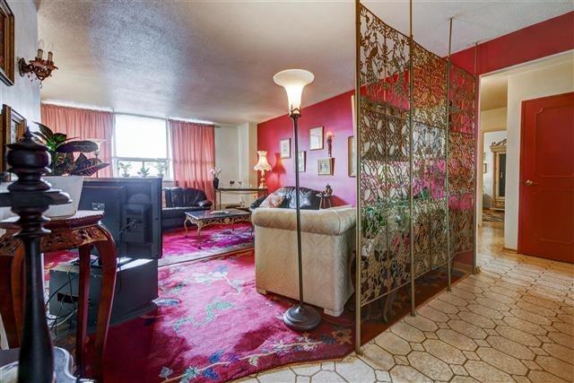 Condo Apartment at 130 Neptune Dr, Unit #305, Toronto, Ontario. Image 14