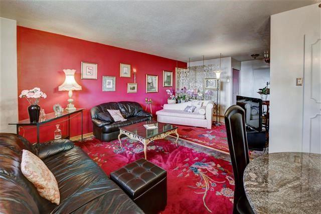 Condo Apartment at 130 Neptune Dr, Unit #305, Toronto, Ontario. Image 15