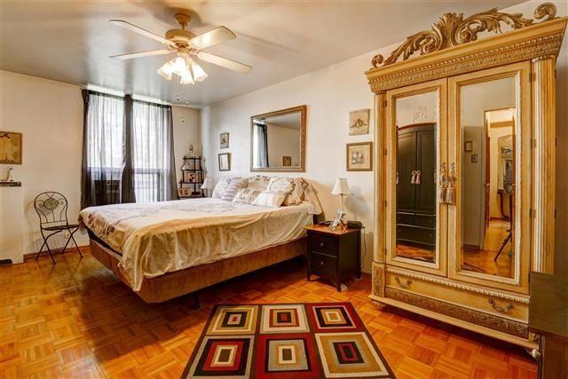 Condo Apartment at 130 Neptune Dr, Unit #305, Toronto, Ontario. Image 2