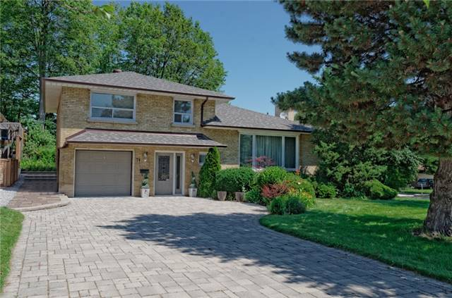 Detached at 71 Whittaker Cres, Toronto, Ontario. Image 1