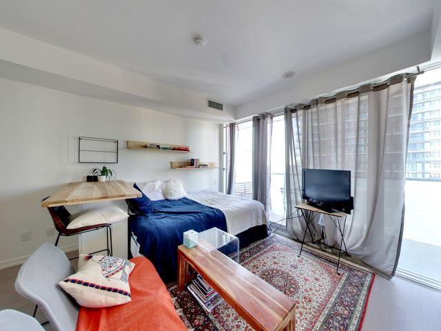 Condo Apartment at 101 Peter St, Unit 2602, Toronto, Ontario. Image 1