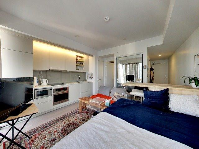 Condo Apartment at 101 Peter St, Unit 2602, Toronto, Ontario. Image 11