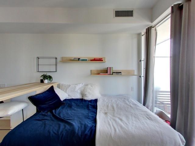Condo Apartment at 101 Peter St, Unit 2602, Toronto, Ontario. Image 12