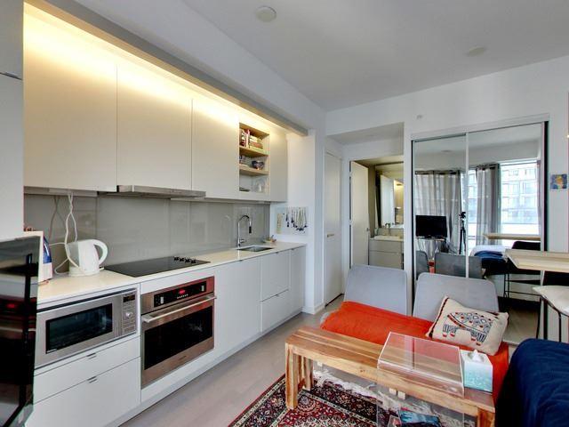 Condo Apartment at 101 Peter St, Unit 2602, Toronto, Ontario. Image 13