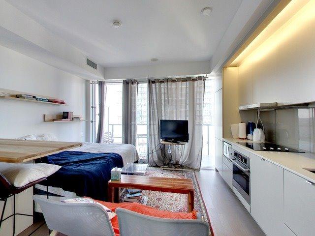 Condo Apartment at 101 Peter St, Unit 2602, Toronto, Ontario. Image 14