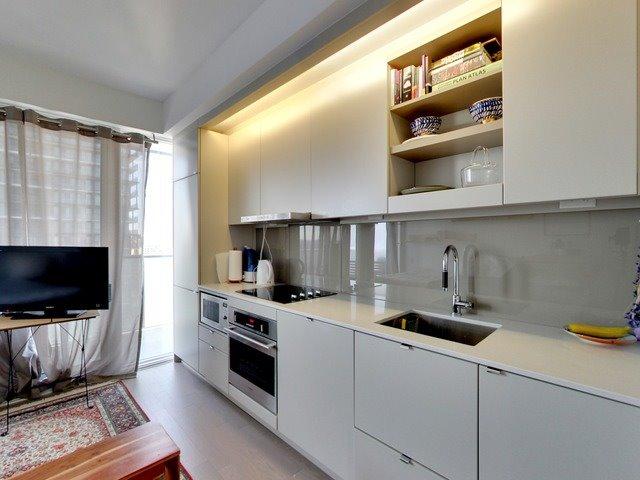 Condo Apartment at 101 Peter St, Unit 2602, Toronto, Ontario. Image 18