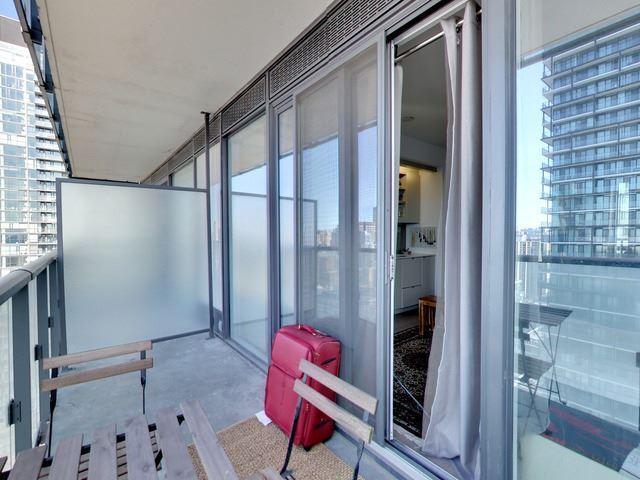 Condo Apartment at 101 Peter St, Unit 2602, Toronto, Ontario. Image 4