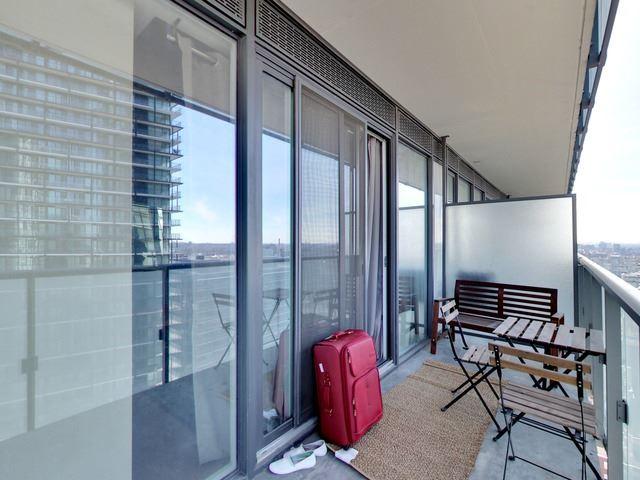 Condo Apartment at 101 Peter St, Unit 2602, Toronto, Ontario. Image 5