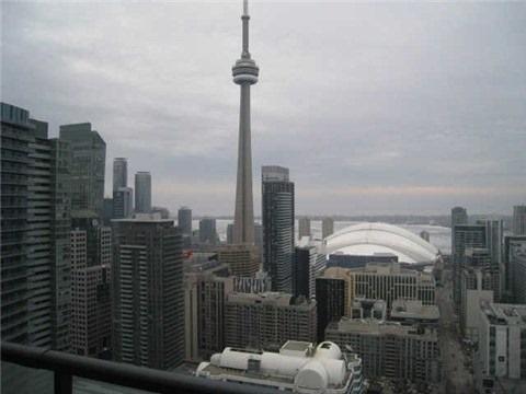 Condo Apartment at 101 Peter St, Unit 3907, Toronto, Ontario. Image 2
