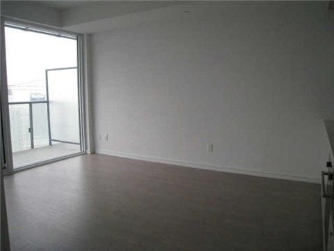 Condo Apartment at 101 Peter St, Unit 3907, Toronto, Ontario. Image 5