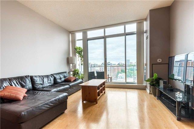 Condo Apartment at 388 Richmond St W, Unit 916, Toronto, Ontario. Image 17