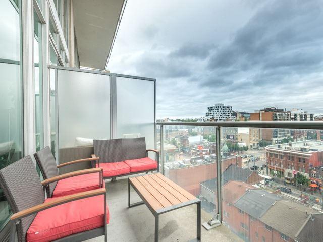 Condo Apartment at 388 Richmond St W, Unit 916, Toronto, Ontario. Image 11