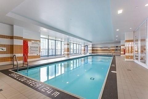 Condo Apartment at 295 Adelaide St W, Unit 1606, Toronto, Ontario. Image 12