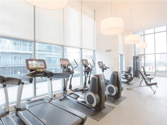 Condo Apartment at 295 Adelaide St W, Unit 1606, Toronto, Ontario. Image 15