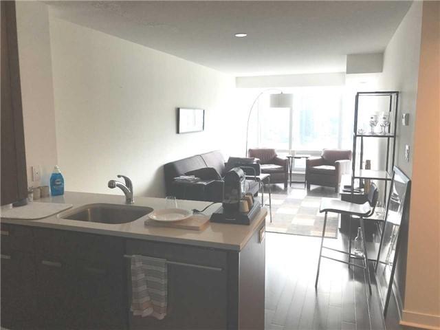 Condo Apartment at 295 Adelaide St W, Unit 1606, Toronto, Ontario. Image 5