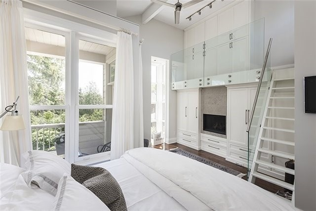 Detached at 193 Deloraine Ave, Toronto, Ontario. Image 2