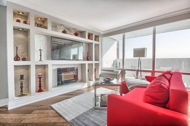 Condo Apartment at 3555 Bathurst St, Unit 707, Toronto, Ontario. Image 2