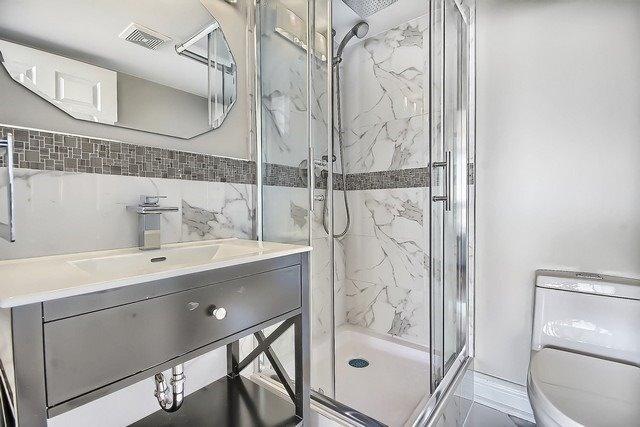 Condo Apartment at 3555 Bathurst St, Unit 707, Toronto, Ontario. Image 6
