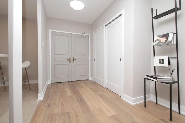 Condo Apartment at 350 Lonsdale Rd, Unit 409, Toronto, Ontario. Image 12