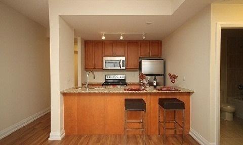 Condo Apartment at 85 The Donway W, Unit 606, Toronto, Ontario. Image 6