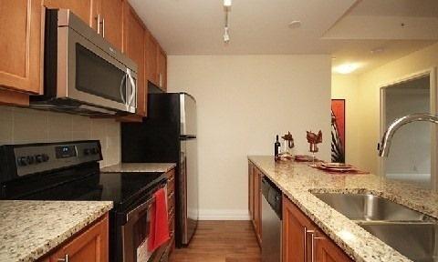 Condo Apartment at 85 The Donway W, Unit 606, Toronto, Ontario. Image 8