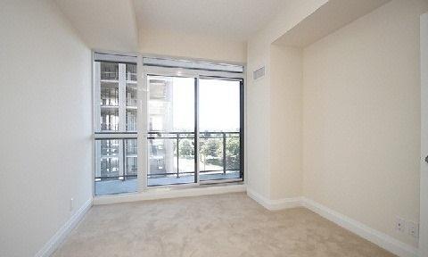 Condo Apartment at 85 The Donway W, Unit 606, Toronto, Ontario. Image 9