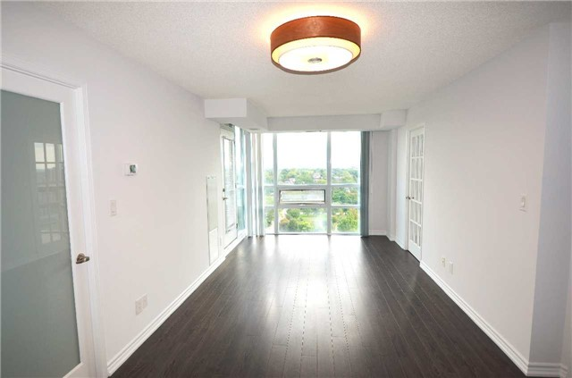 Condo Apartment at 35 Hollywood Ave, Unit 2021, Toronto, Ontario. Image 11