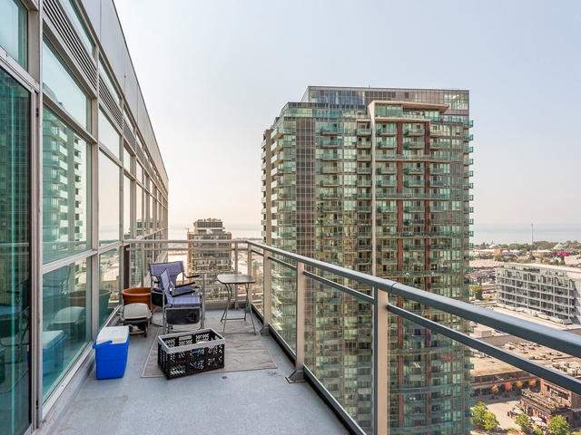 Condo Apartment at 100 Western Battery Rd, Unit Uph4, Toronto, Ontario. Image 7