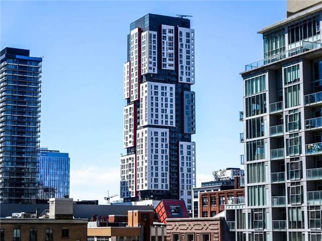 Condo Apartment at 318 Richmond St W, Unit 714, Toronto, Ontario. Image 1