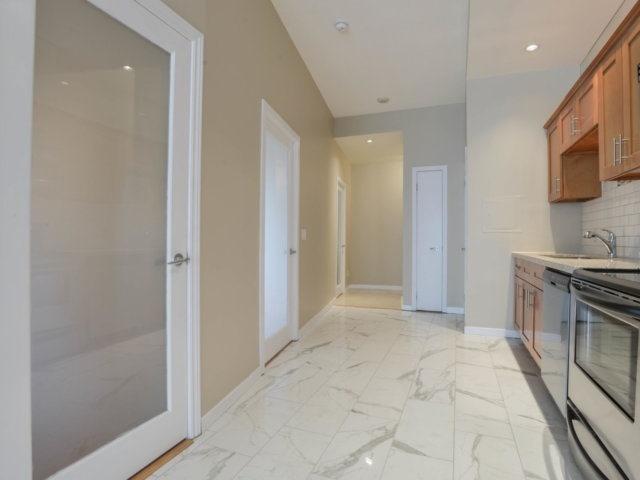 Condo Apartment at 218 Queens Quay W, Unit 209, Toronto, Ontario. Image 16