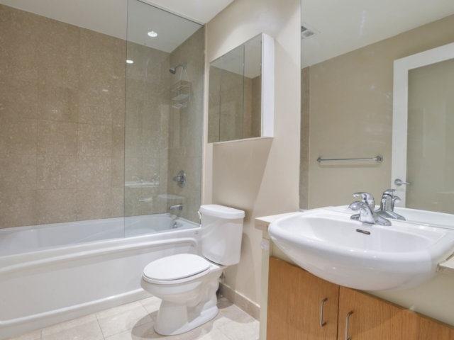 Condo Apartment at 218 Queens Quay W, Unit 209, Toronto, Ontario. Image 8
