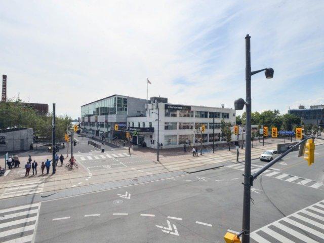 Condo Apartment at 218 Queens Quay W, Unit 209, Toronto, Ontario. Image 11