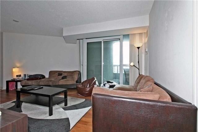 Condo Apartment at 19 Grand Trunk Cres, Unit 801, Toronto, Ontario. Image 13