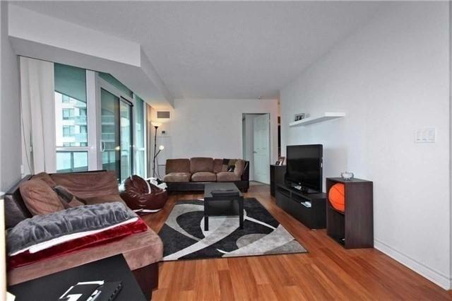 Condo Apartment at 19 Grand Trunk Cres, Unit 801, Toronto, Ontario. Image 14