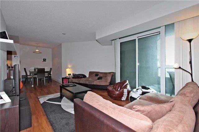 Condo Apartment at 19 Grand Trunk Cres, Unit 801, Toronto, Ontario. Image 15