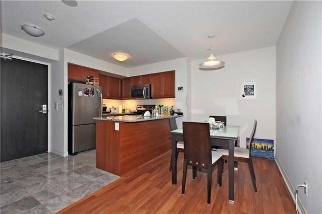 Condo Apartment at 19 Grand Trunk Cres, Unit 801, Toronto, Ontario. Image 2